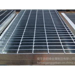 厂家平台格栅板定制,我们是专业的格栅板生产厂家。