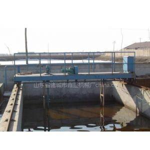 供应行车式泵吸泥机是诸城市鑫正机械厂主要产品
