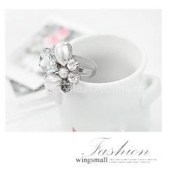 供应义乌饰品批发市场 批发韩版银色闪钻珍珠花戒指