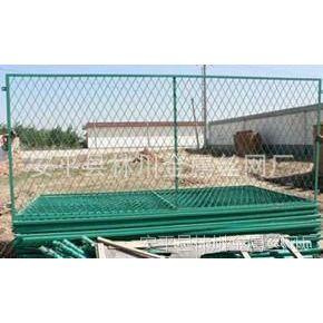 供应南宁宝圣鑫浸塑护栏网的网面,具有日久抗腐蚀,抗紫外线的特性