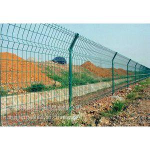 供应池塘护栏网,钢网护栏多少钱一米