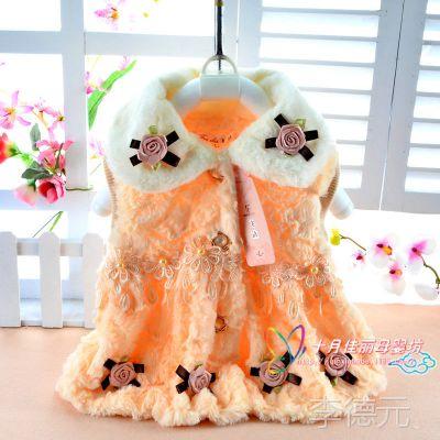 童装批发 韩版时尚女童毛茸茸马甲 甜美玫瑰花白色翻领 百搭款