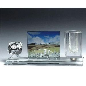 供应水晶三件套办公用品,单位纪念品,厂家供应水晶三件套