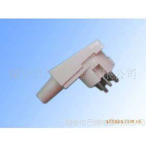 空调插头,有现货,铜材质,同一系列有其他不同款式空调插头插座