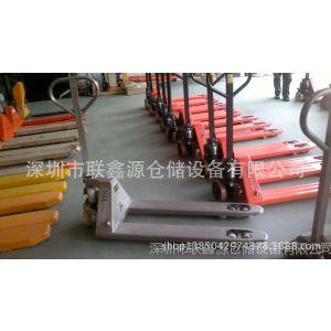供应2吨叉车价格 深圳手动堆高车多少钱 手推叉车图片