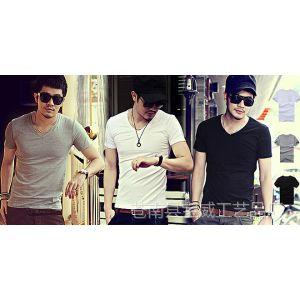 供应2014夏季韩版 男装V领短袖全棉T恤 修身黑白色男士打底衫