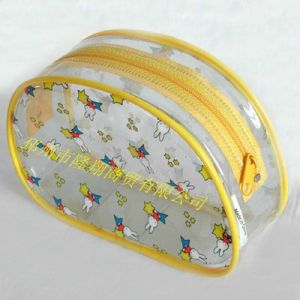供应透明 PVC 卡通化妆包