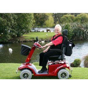 供应出口老年人代步车,旅游观光车,老年人代步车