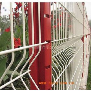 供应无锡江苏镇江常熟道路两侧防护网动物园隔离网花园隔离网厂家批发