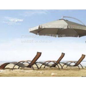 供应三亚神州半岛藤编沙滩椅,休闲长椅,折叠躺床