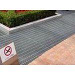 天津热镀锌钢格板厂家,踏步板,镀锌钢格板电话136