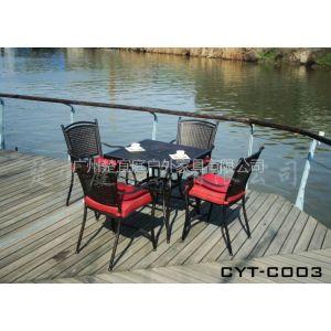 供应厂家热供户外桌椅、庭院休闲桌椅、摆放于售楼部实木桌椅