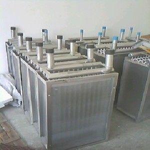 供应工业烘干机专用散热器
