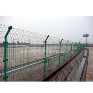 供应诚信销售%铁丝围栏网,波浪围栏网,镀锌不生锈围栏网,涂塑围栏网@