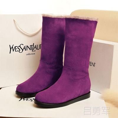 供应冬季新款雪地靴 舒适保暖真皮羊毛中筒靴 纯色圆头平底女靴子