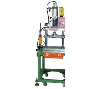 其他液压机械及组配件 供应台式增压机,气液增压压床,气动冲压机   上图片
