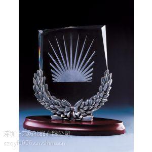 供应广州礼品厂家供应水晶奖杯,商务庆典纪念杯,比赛纪念奖杯