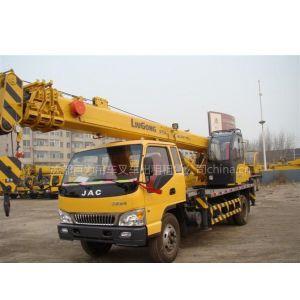 成都吊车出租公司租赁8吨柳工4节臂吊车、主臂长度24米