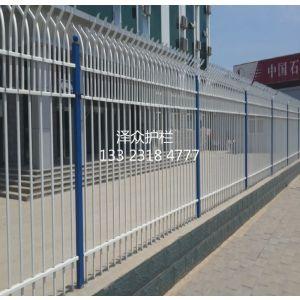 供应安平泽众护栏网厂供应围栏网应用 铁丝网围栏生产标准围墙护栏