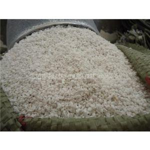 供应信阳中森珍珠岩厂家 批发生产防火门芯板、保温砖、保温砌块用 珍珠岩产品