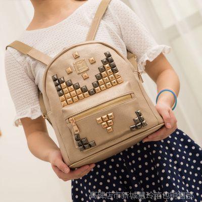 2014夏款品牌女包 明星同款全铆钉双肩包 韩版背包 时尚休闲书包