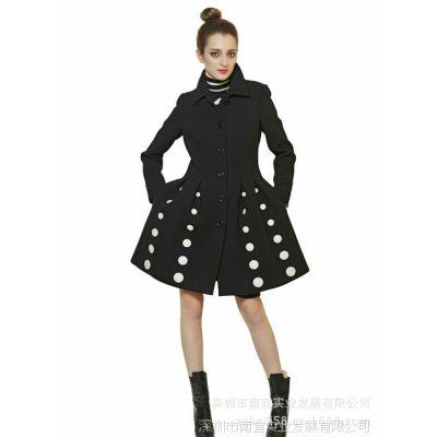 明星同款2013秋冬女装欧美品牌新款大摆压褶波点女式风衣外套大衣