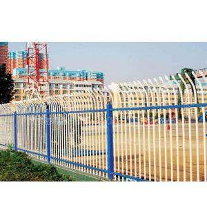 直销 锌钢阳台护栏、户外栅栏、道路护栏、楼梯扶手、防盗网、新型门业、电缆桥架等产品