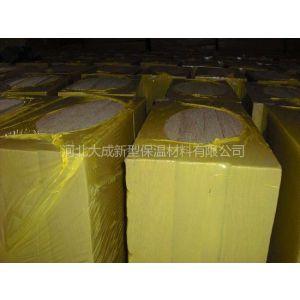 供应岩棉制品可分为:高强度岩棉板 耐高温岩棉板 A级岩棉板