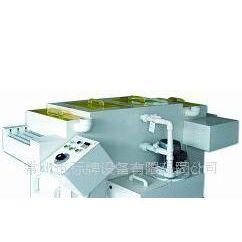 供应腐蚀机及腐蚀设备