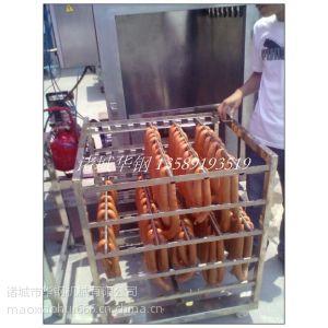 哈尔滨红肠加盟店必备烟熏炉设备,华钢50kg红肠蒸熏炉生产厂家