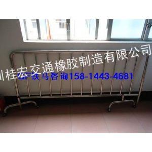 供应九江不锈钢隔离护栏价格/不锈钢隔离围栏厂家