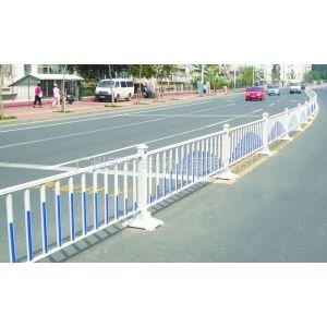 供应厂家直销订做 铁艺园林路障安全隔离栏 公路护栏 护栏网栏杆花圃防护栏