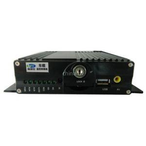 供应四路高清车载SD卡视频监控录像机专业安装销售
