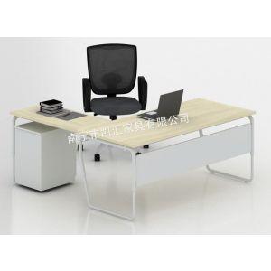 供应免费上门测量设计丨南宁办公家具丨屏风丨高隔间丨椅子沙发丨卫生间隔断