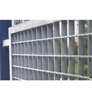 供应热镀锌护栏格栅板,镀锌钢格栅板,质量优,价格实惠