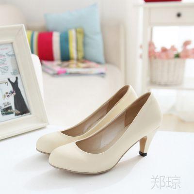 供应2013春秋新款单鞋 裸色米白色高跟单鞋韩版时尚女鞋 大码鞋