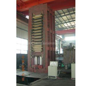 青岛国森专利产品--竹丝地板机械设备压机