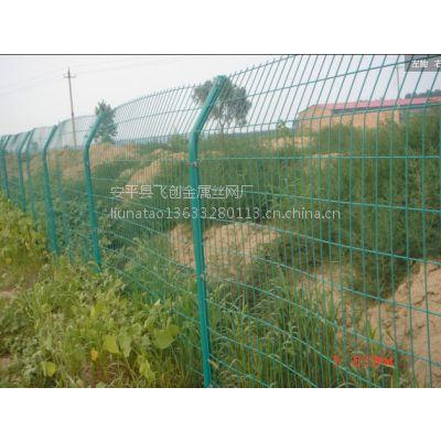 济宁圈地铁丝网围栏,1.8*3米,1.5*3米18931838765