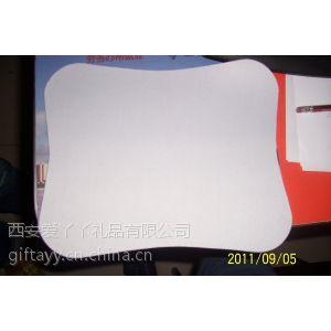 供应常规220*180鼠标垫定做西安电脑城鼠标垫配送 不起边热转印彩印鼠标垫