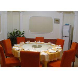 供应青岛酒店桌椅工厂专业 定做酒店豪华电动桌 高档包间桌椅 卡座沙发 高档中西餐桌椅