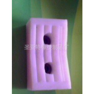 供应塑机辅机链块_190×45×30塑钢异型材****/管材牵引机铁板底异型橡胶块_很耐磨