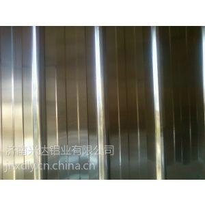 供应yx25-210-840铝压型板