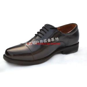 供应批发多威迷彩跑鞋 07作战靴 07三接头皮鞋 冬季羊毛靴