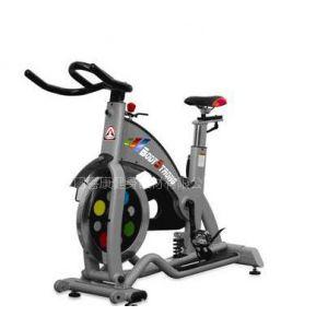 专业提供健身房设备免费【维护健身器材】传受技术指导