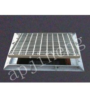 供应热镀锌钢格板厂家供应