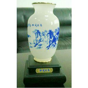 供应玉石富贵平安花瓶、马到成功花瓶、大富大贵花瓶、平安纳福花瓶、平安如意花瓶、富贵满堂花瓶