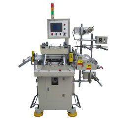 供应模切机,分条机,全自动模切机,贴合分条机,多功能贴合分条机,模片成型机,模片裁切机,锂电池极片机