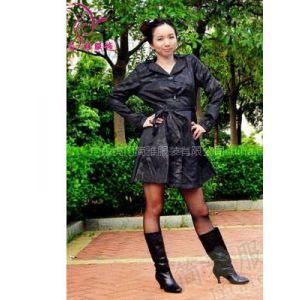 供应2010夏装疯狂甩货,T恤低至3.8元/件,时尚韩版连衣裙清仓女装批发