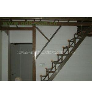 供应北京丰台区专业楼梯焊接 钢结构楼梯安装