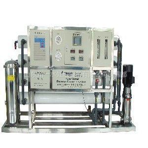 供应青州纯净水设备/8吨单级反渗透设备